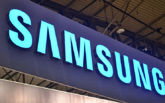 Бюджетный смартфон Samsung Galaxy J1
