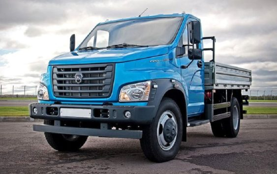 Какие грузовики покупают в России?