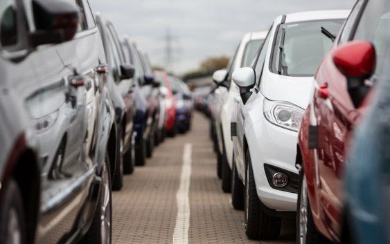 Автомобильный рынок России вырастет в 2017 году